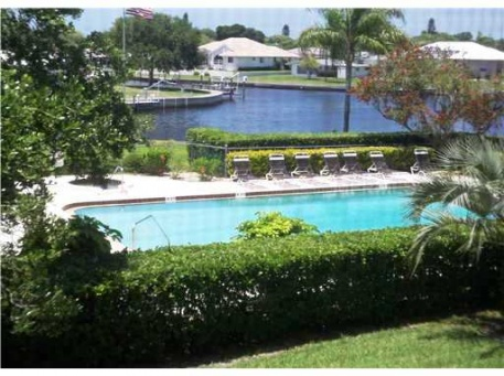 Marina Isles #304, Englewood ,  - Just Properties